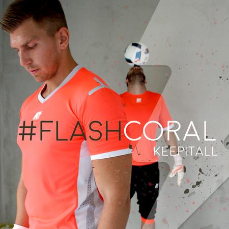 Trainings- und Matchstyle FlashCoral