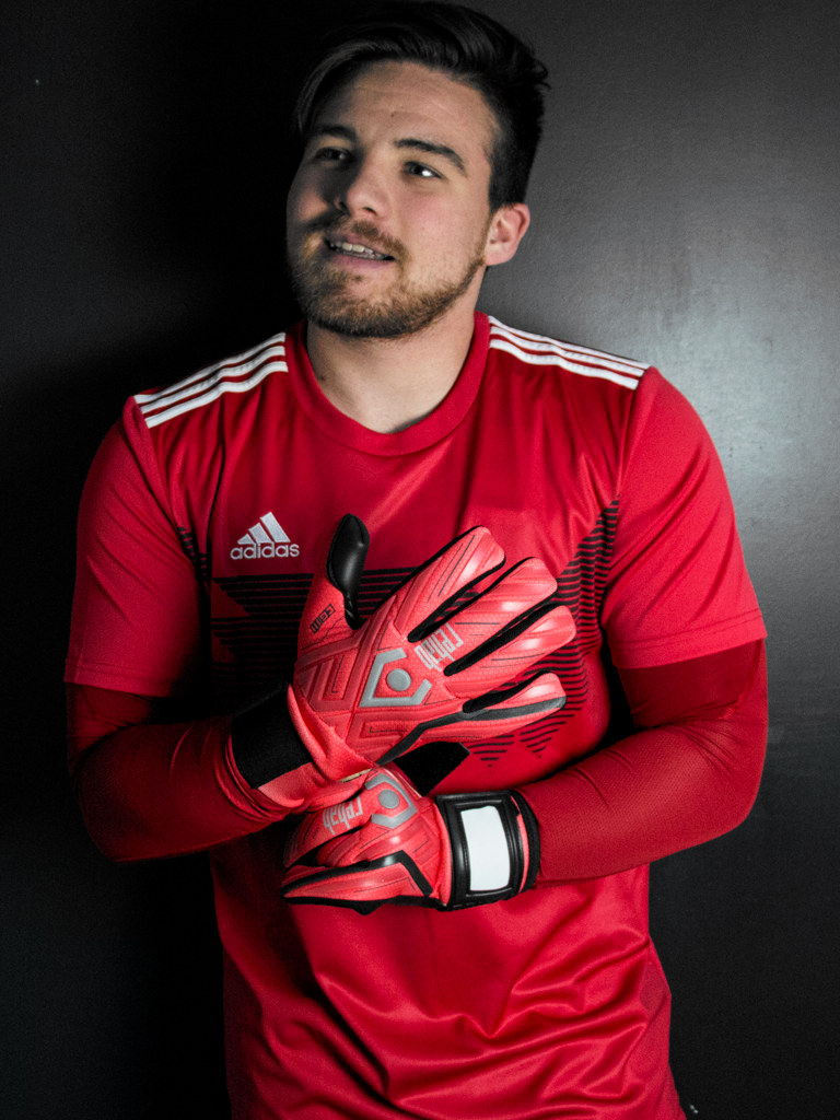 Matchoutfits 2019_adidas_Campeon_red_CYL_1