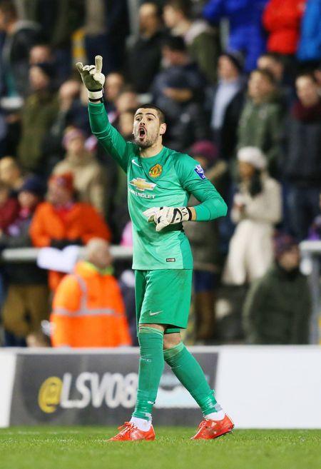 Victor Valdes - Manchester United