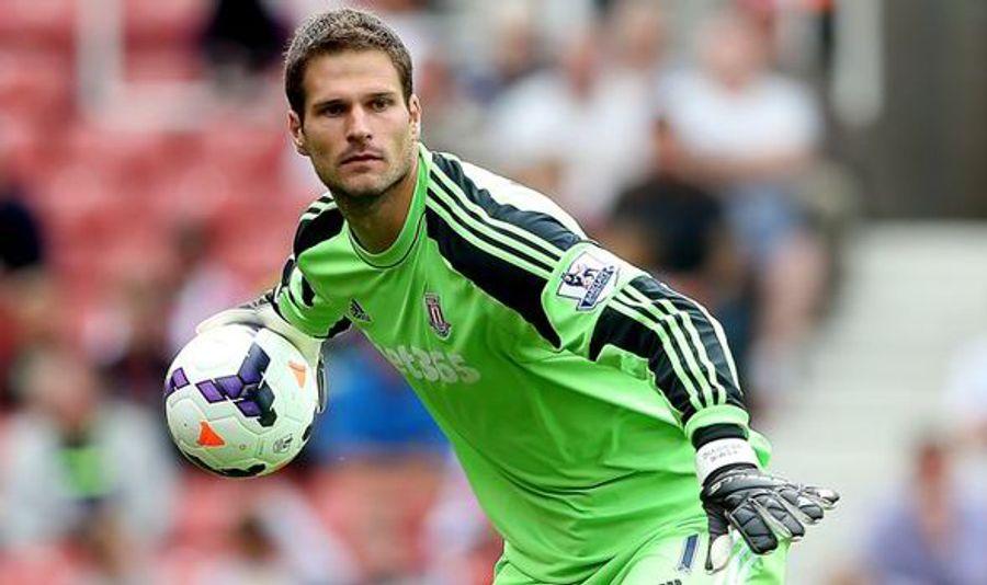 Asmir Begovic - Stoke City FC & Bosnie